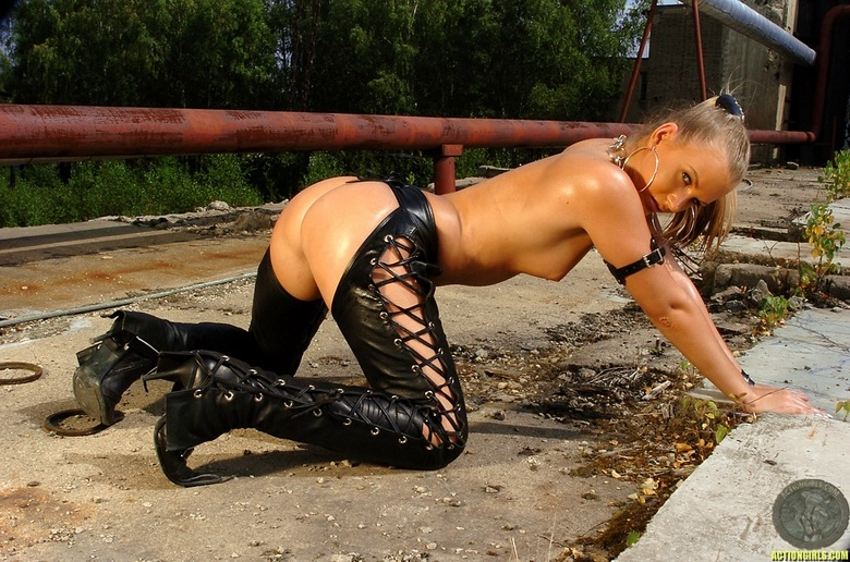 golie-devki-foto-prostitutok