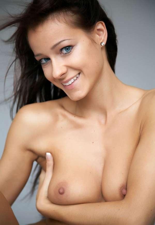 раком  смотреть фото голых девушек бесплатно Галереи
