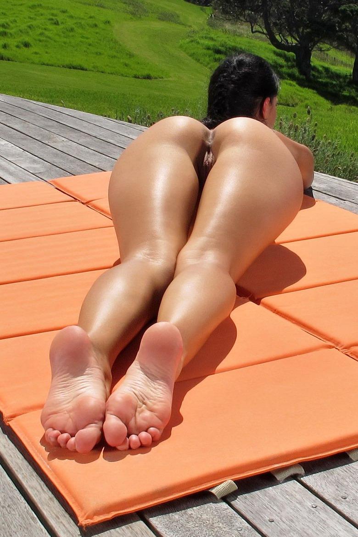 Жопы ножки сиськи фото, порно с троганьем ног