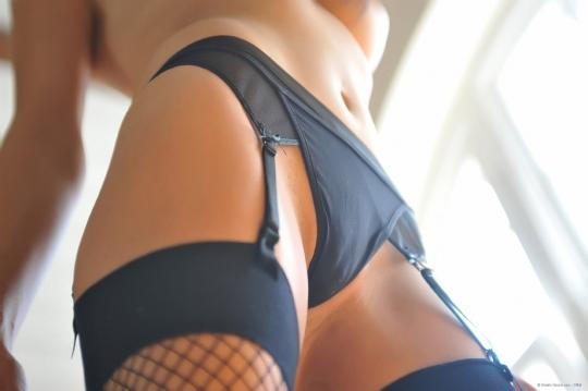 devushki-v-seksualnih-trusikah-foto