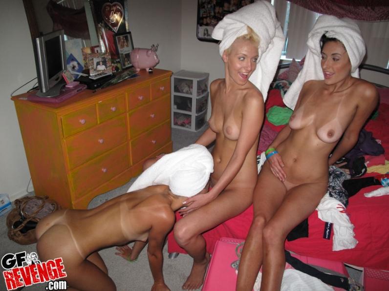 Частные фото голых девах из общаги