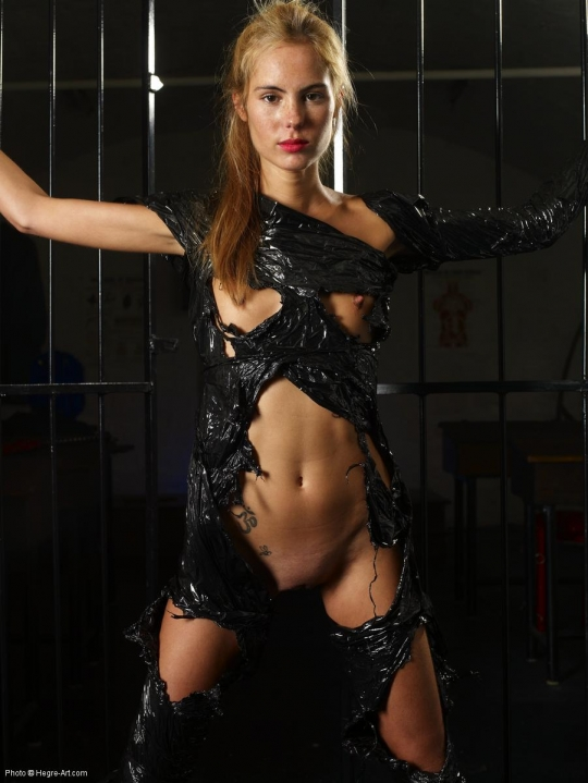 Наташа в латексе секс фото