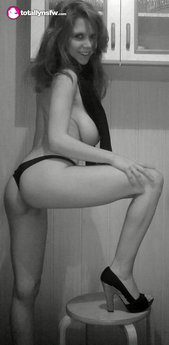 Любительские фотках гигантских грудей - подборка