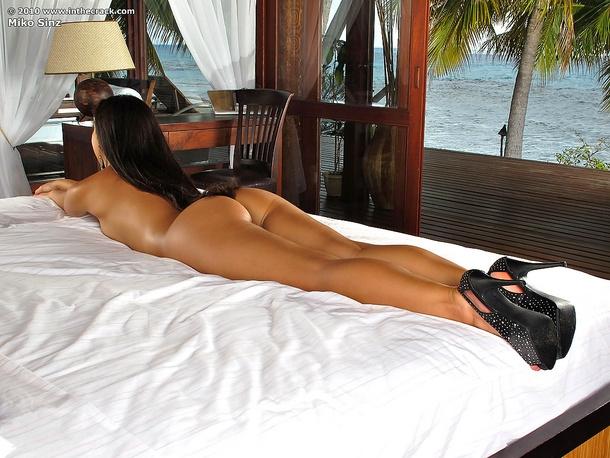 Экзотический пейзаж с толстопопой узкоглазой секс фото