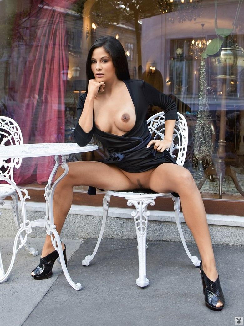 Фото сексуальных голых испанок 13 фотография