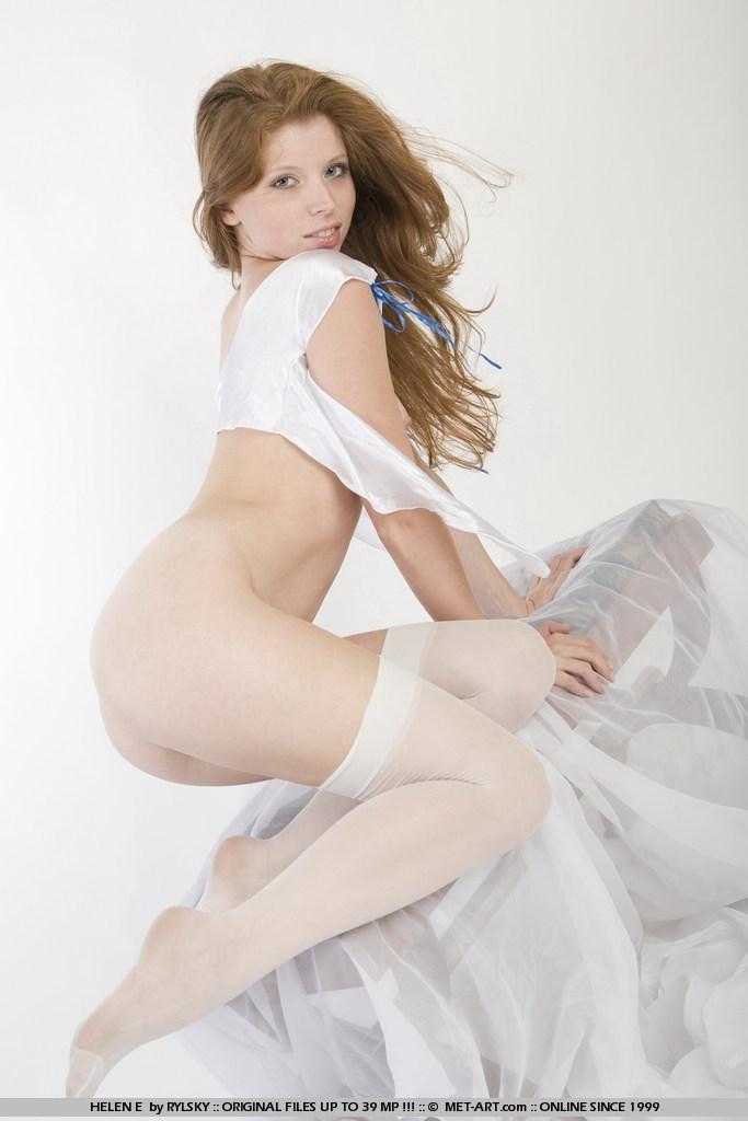 Милая рыженькая невеста секс фото