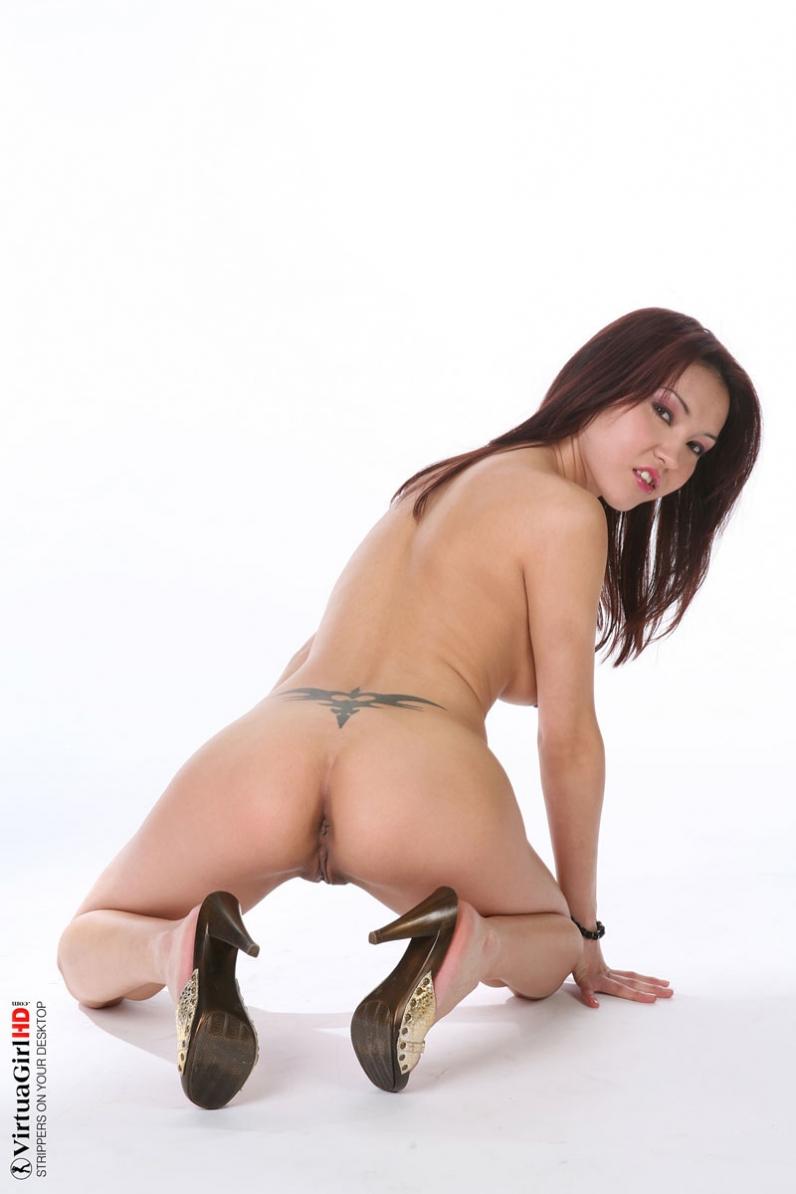 Красивая голая китаянка порно картинки