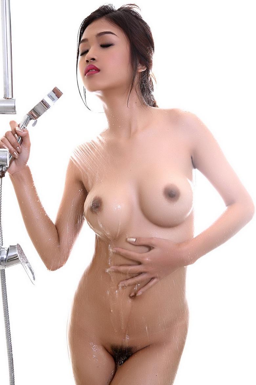 Сексуальный ванную с влажной сисястой азиаточкой