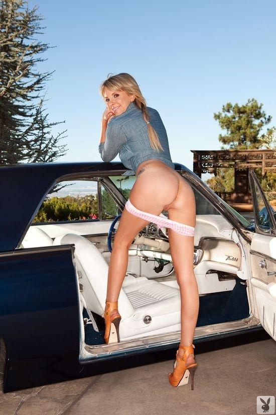 Красотка Сара и классика порно картинки