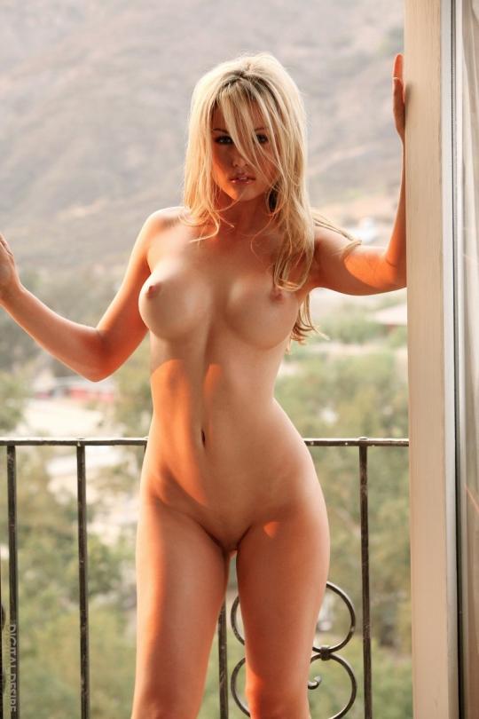 красивые голые девчонки к 40 фото