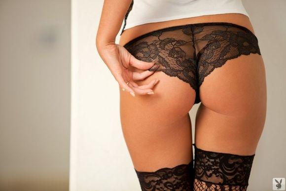 Алисия в черных чулочках порно картинки