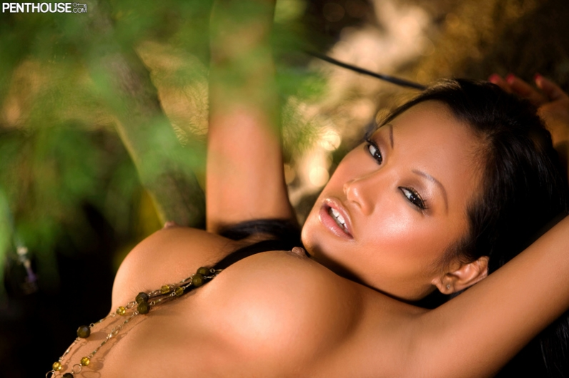 Красивейшая Азиатка Miles порно картинки