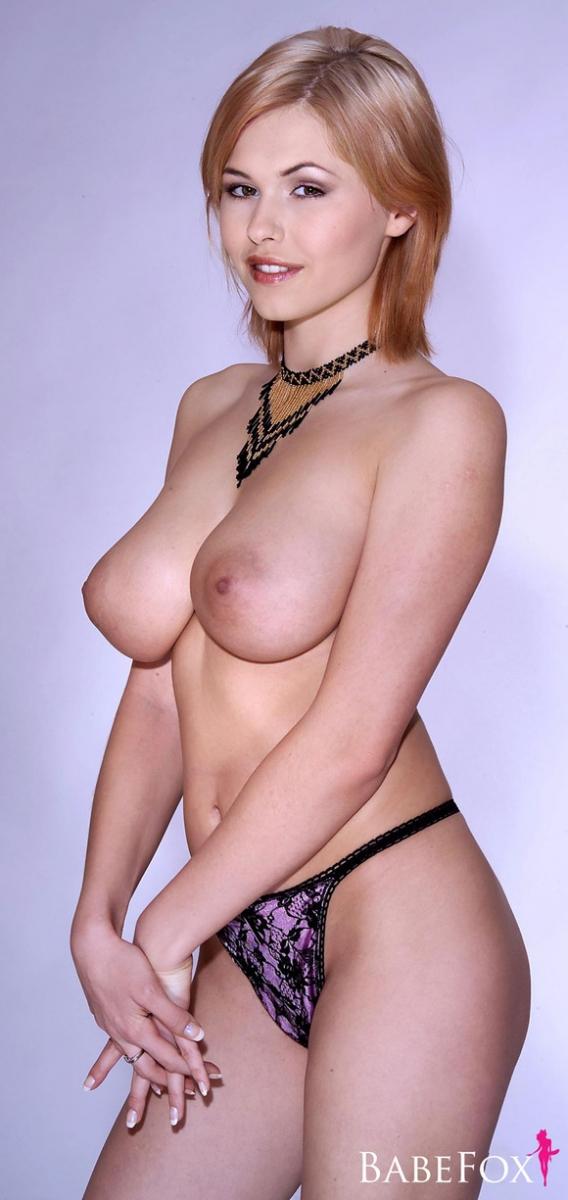 Просто гигантские груди Инги xxx фото