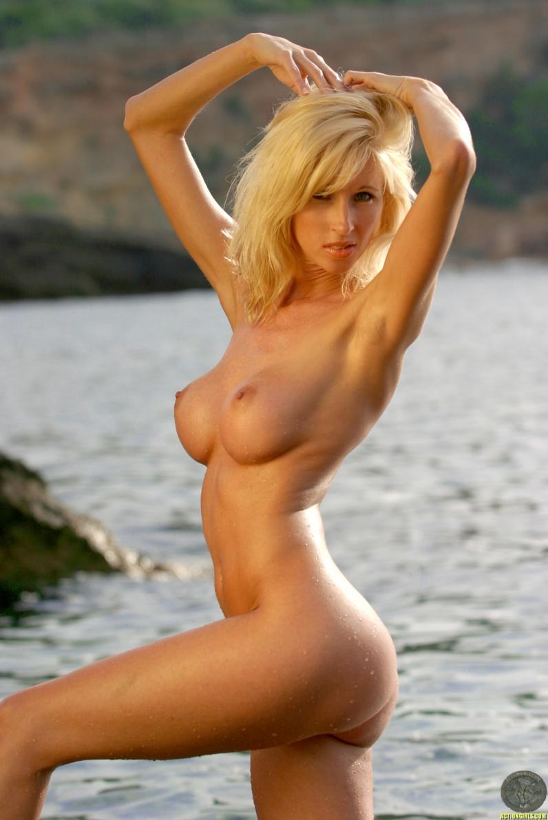 Эротические фото красивых девушек с большими сиськами и ...
