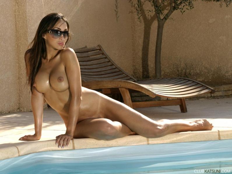 Голая девушка Katsuni азиатка порнозвезда порно картинки