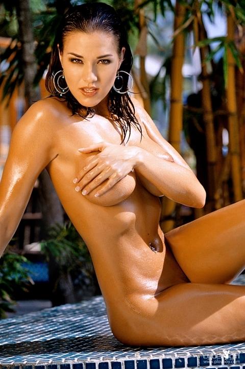 Эми Купер в масле секс фото