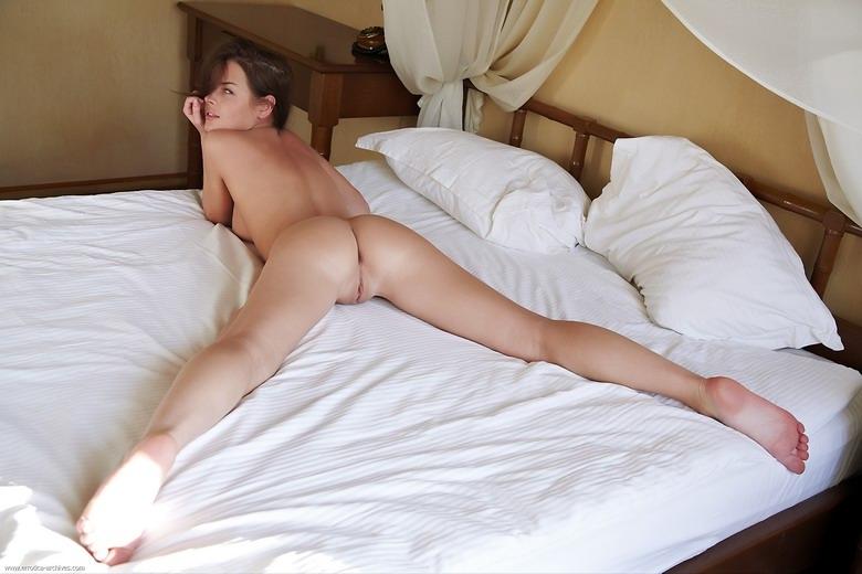 porno-massazh-krasivaya-devushka