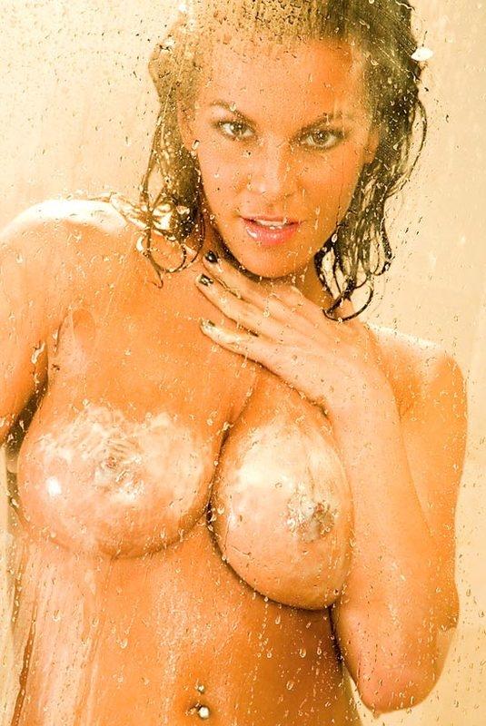 Лаитнская жопа сырой голой модели Nancy Erminia секс фото секс фото